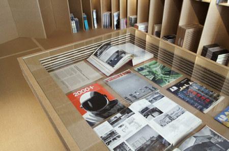 foldaway_bookshop_2_210111
