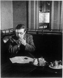 Brassai_Sartre_Flore_1945_250211