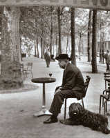 doisneau_robert_jacques_prevert_Quai_SaintBernard_Paris_5e_1955_250211